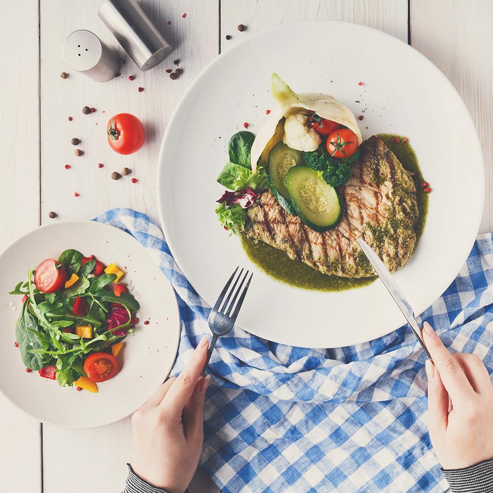 در دوران پریود چه خوراکی هایی بخوریم؟! باید و نبایدهای تغذیه در قاعدگی