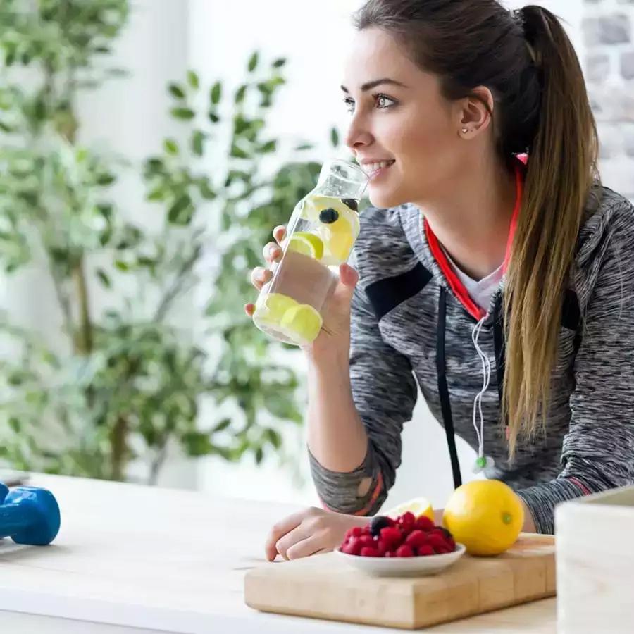 بهترین نوشیدنی ها برای لاغری و افزایش سوخت و ساز بدن