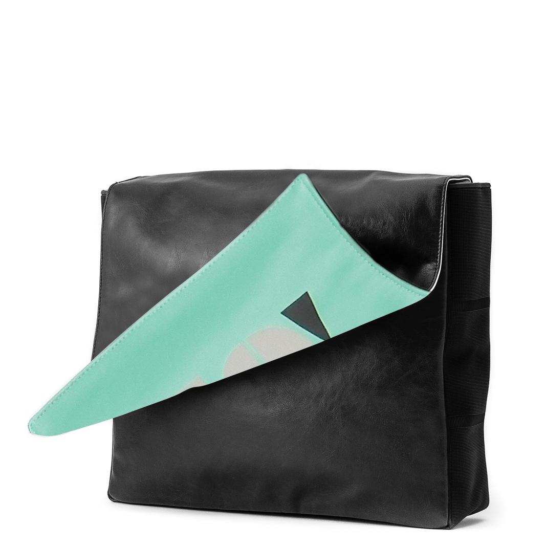 کیف دوشی مشکی وسپا مدل Go