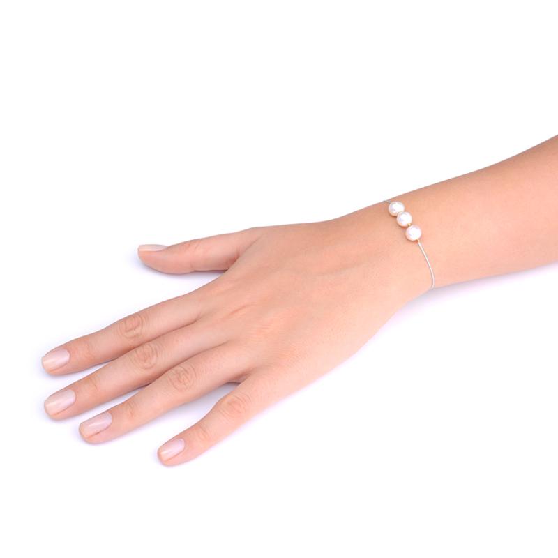 دستبند مروارید یسمینه با نخ ابریشم آبی
