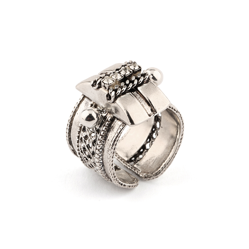 انگشتر نقره ای