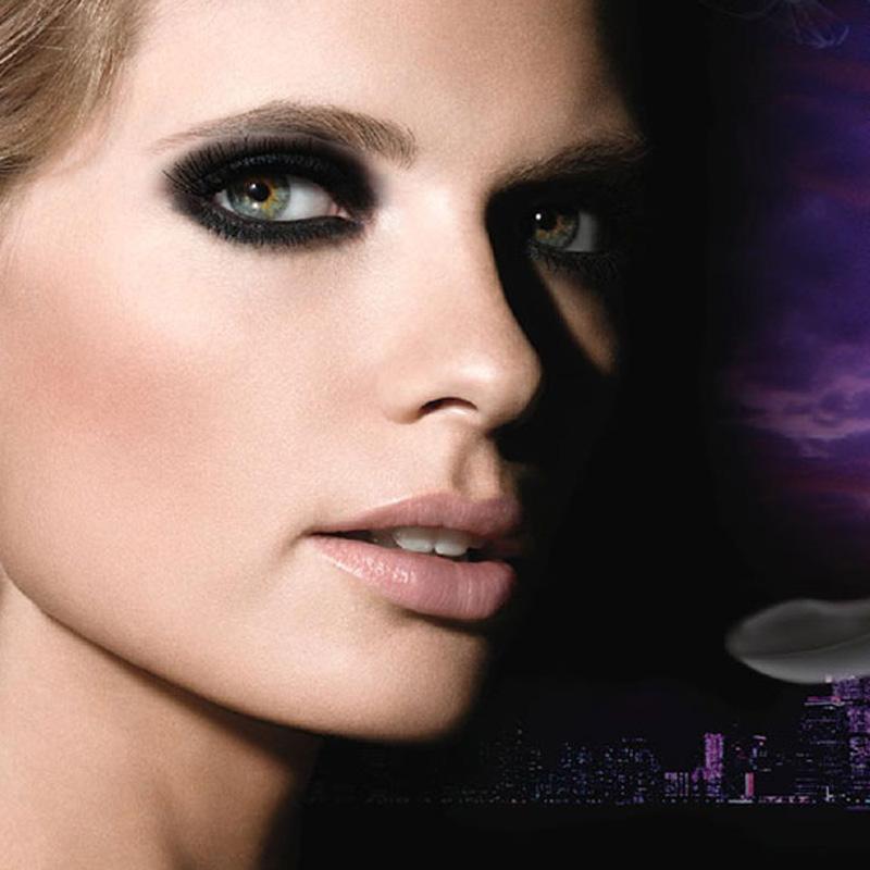 ریمل حجم دهنده میبلین مدل Colossal Smoky Eyes