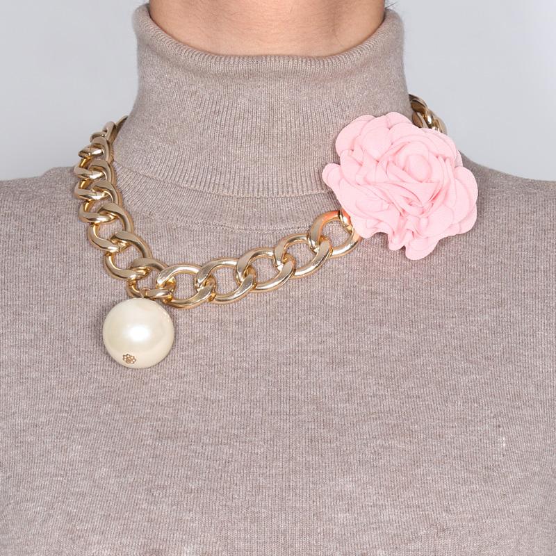 گردنبند ادوریتا مدل Flor